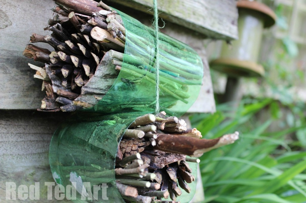 Building an Insect Hotel for Winter Hibernation.